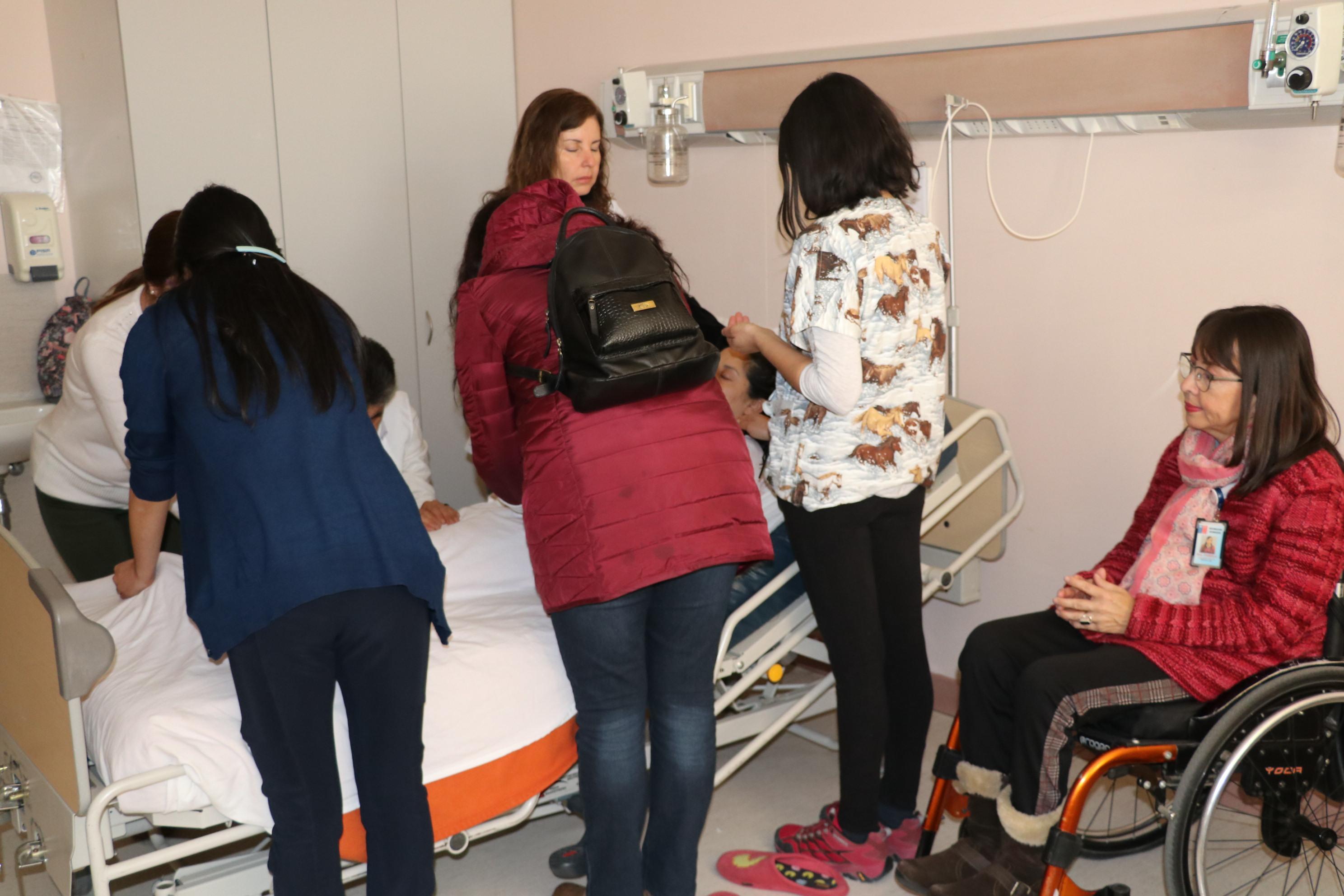 HPH ofrece reiki a pacientes hospitalizados como complemento a atención de salud