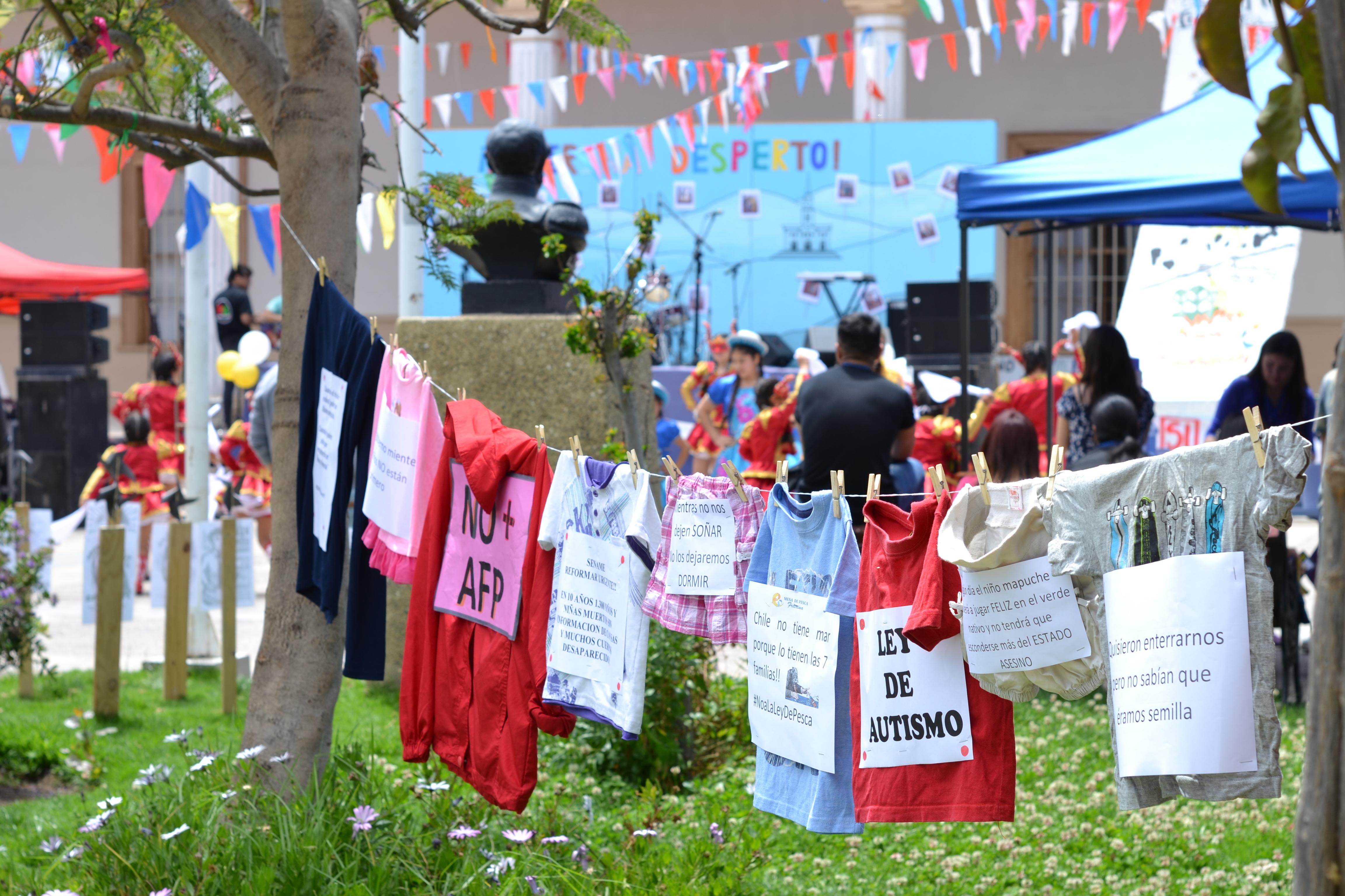 Vecinos de Freirina realizan festival por los Derechos Humanos