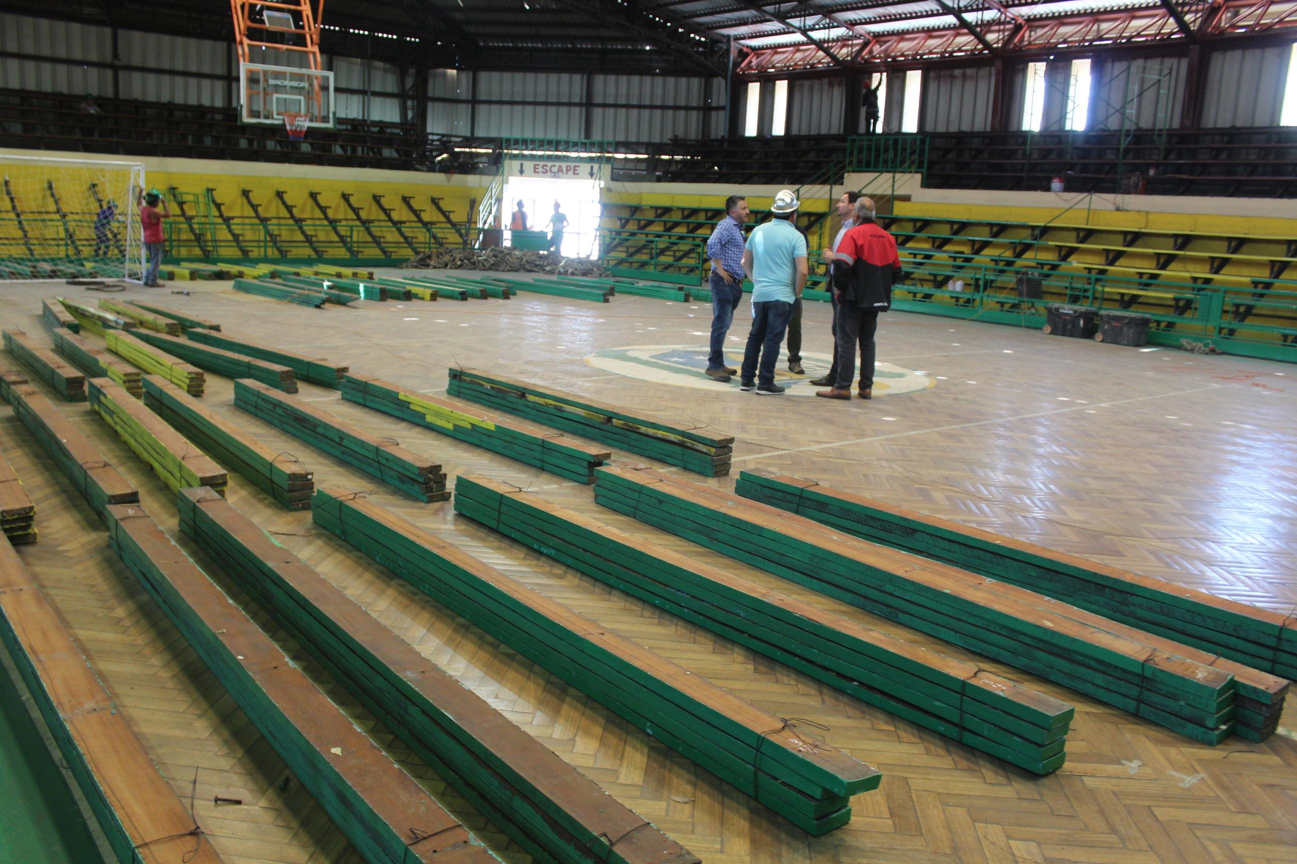 MINDEP inició obras de conservación del estadio techado de Vallenar