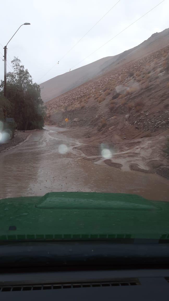 Encuentran con vida a vecinos desaparecidos en aluvión de El Tránsito
