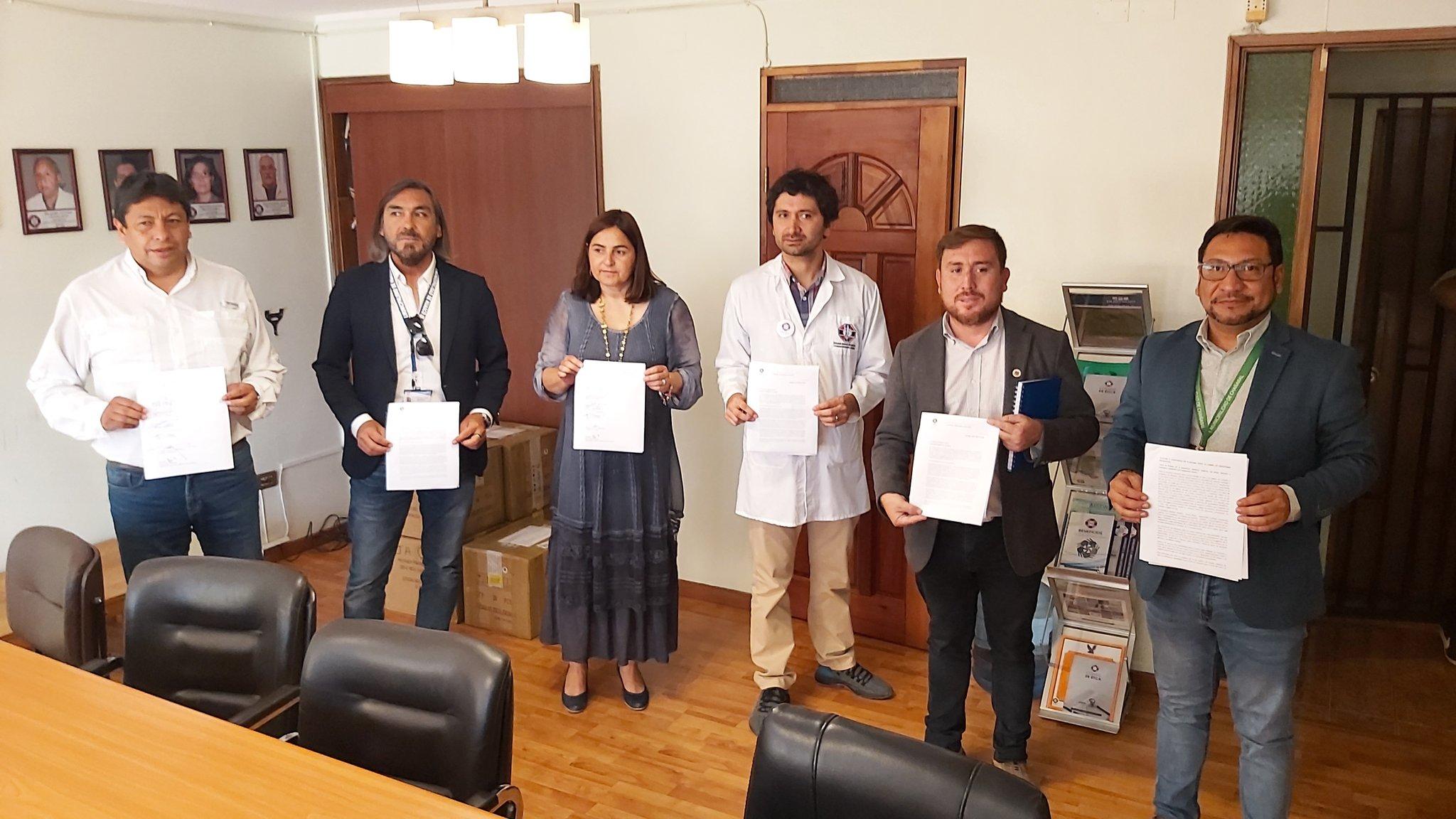 Alcaldes piden cerrar fronteras locales y Colegio Médico solicita cuarentena regional