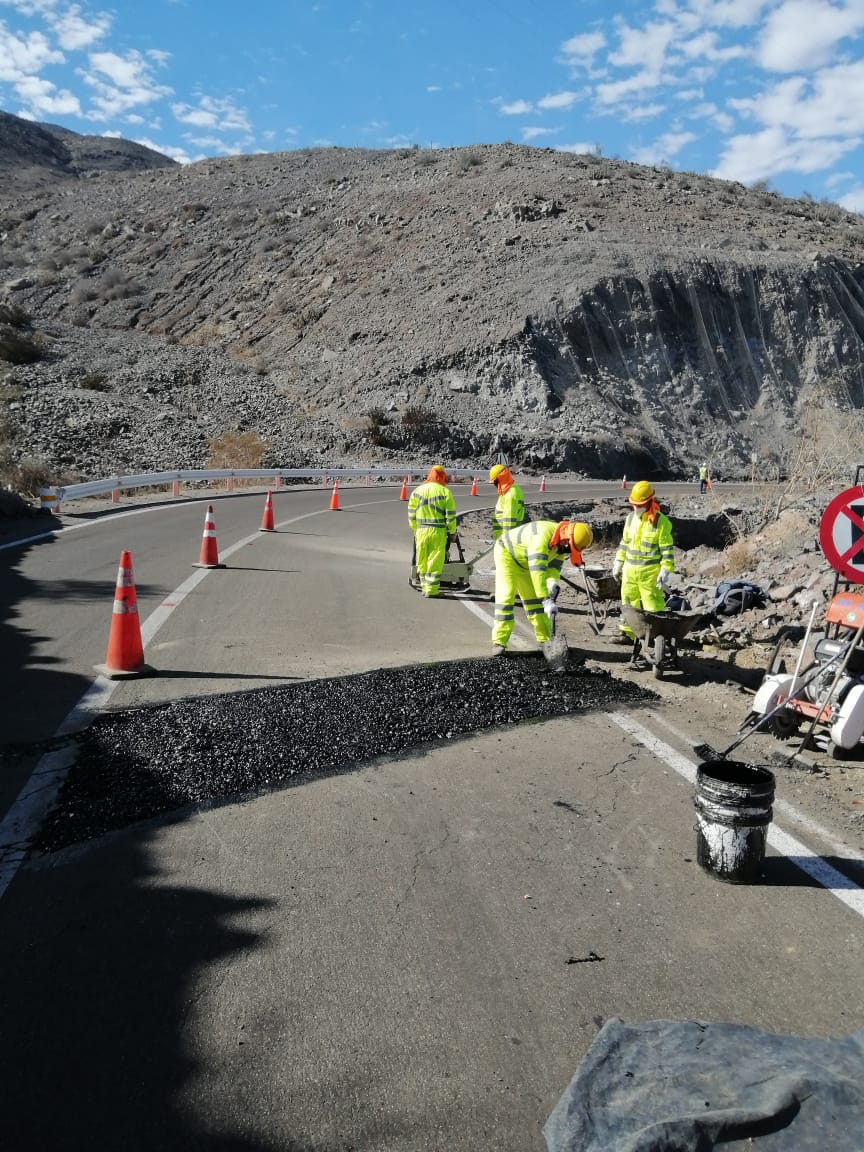 MOP Atacama realiza trabajos de prevención en camino afectado por agrietamientos