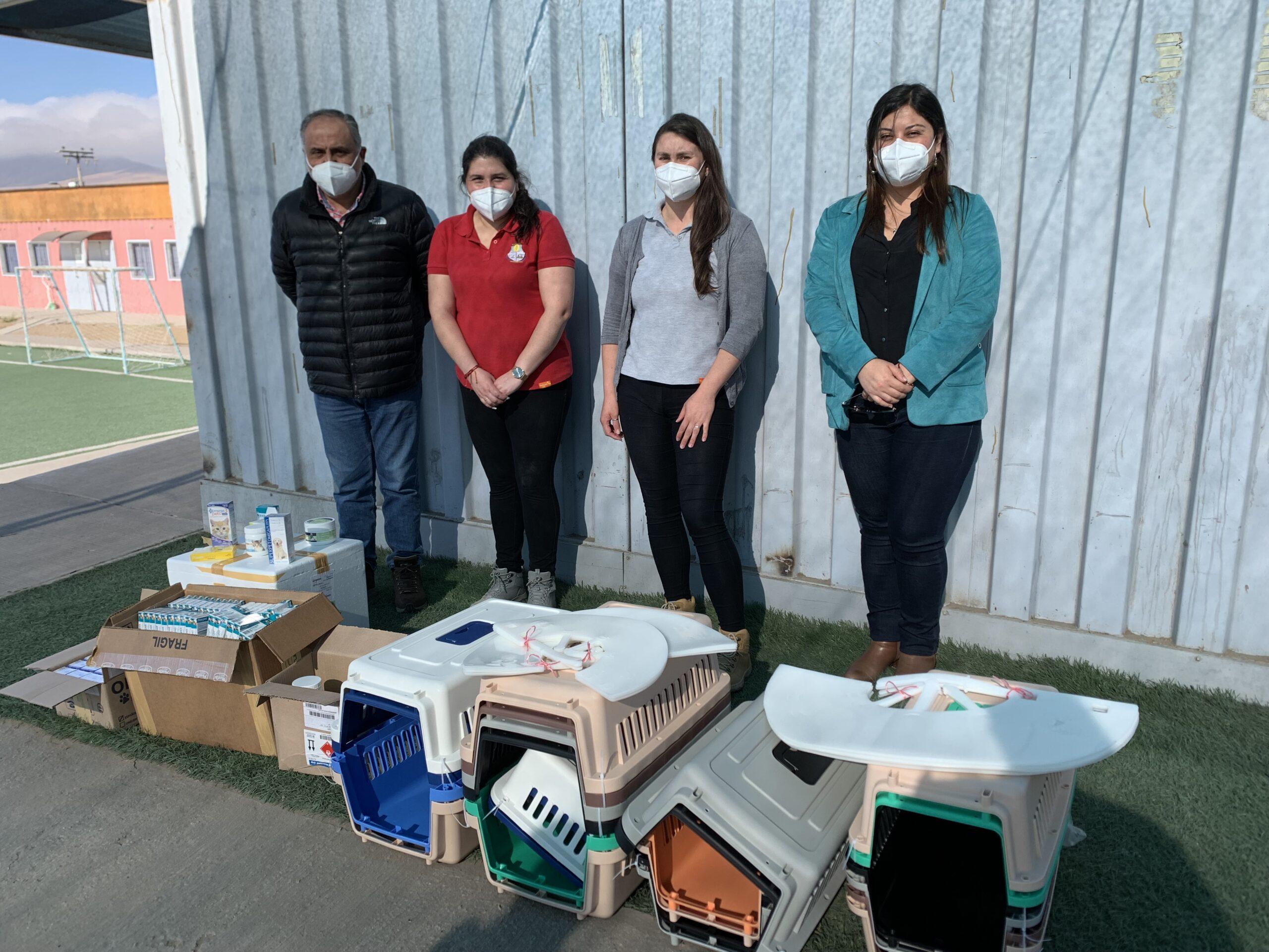 Guacolda realizó importante donación de insumos para programa veterinario comunal en Huasco