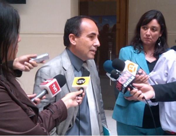 """Diputado Robles: """"El alcalde Loyola realiza un buen trabajo, así lo dice el informe de Contraloría"""""""