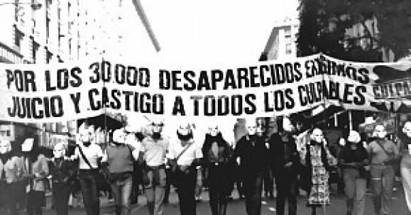 """""""Las dictaduras militares en América Latina"""": Entre la manipulación  y los intereses económicos"""