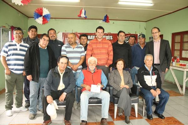 Gobernadora entrega  pensiones de gracia en Huasco