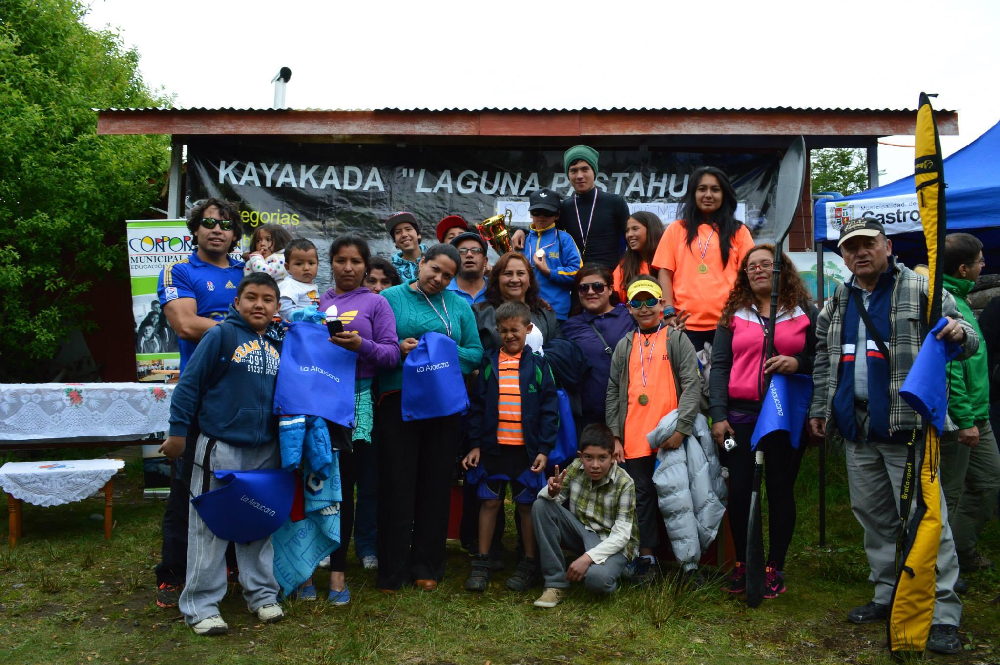 """Club """"Los Changos"""" de Huasco logra segundo lugar en campeonato zonal sur de canotaje"""