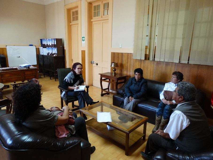 Vecinos de Chañar Blanco exponen inquietudes del sector a gobernadora