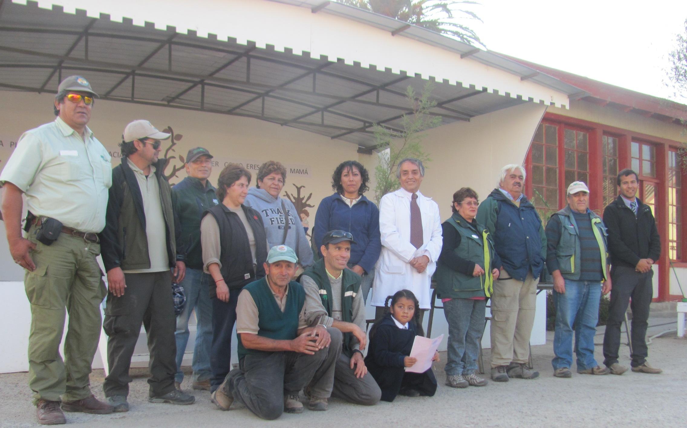 Conaf celebra aniversario apadrinando escuela en Hacienda Nicolasa