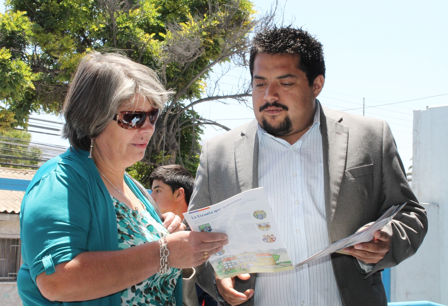 Jorge Hidalgo inscribe candidatura por Nueva Mayoría como candidato a Diputado