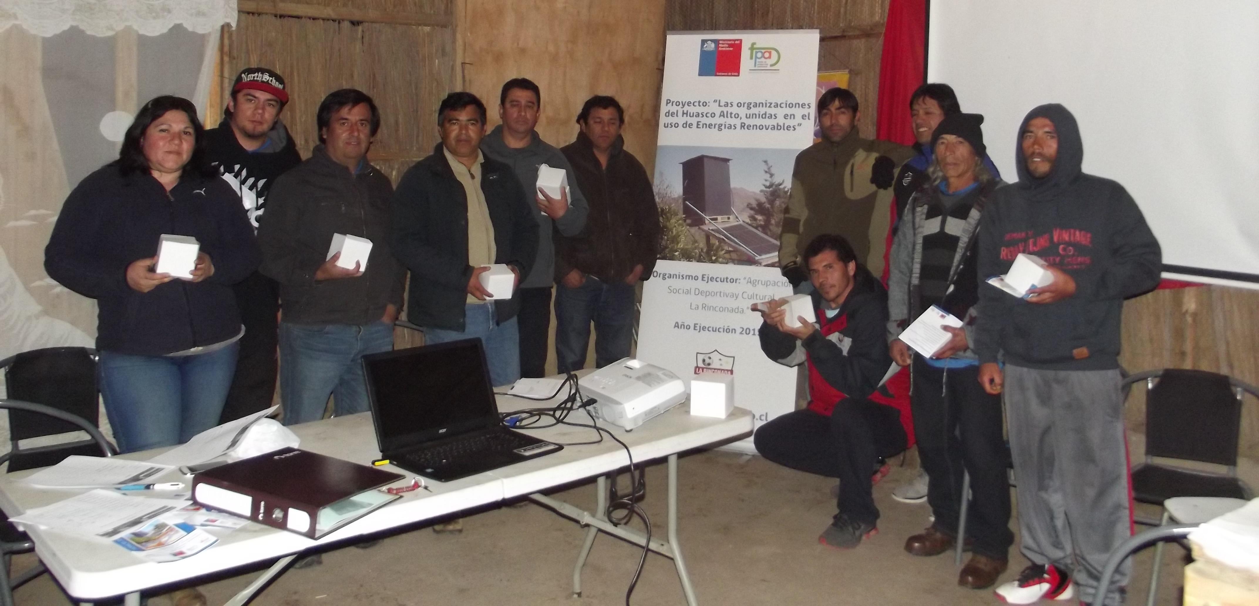 Altinos dan comienzo a proyecto de Duchas y Hornos Solares