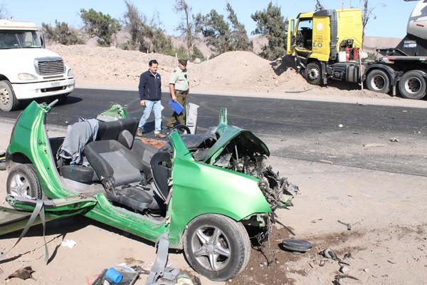 """En sector de """"Viñita azul"""" se registró fatal accidente: un fallecido y un herido de gravedad"""