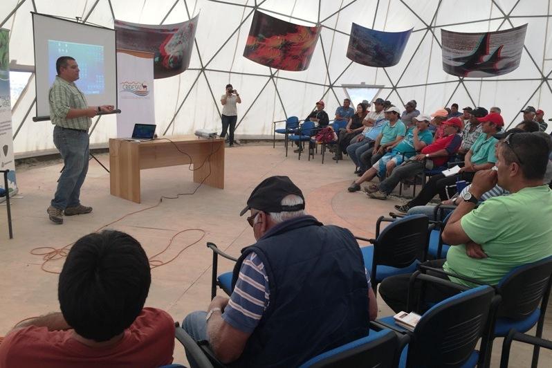 CRIDESAT-UDA expone sus proyectos al Sindicato de Pescadores de Chañaral de Aceituno