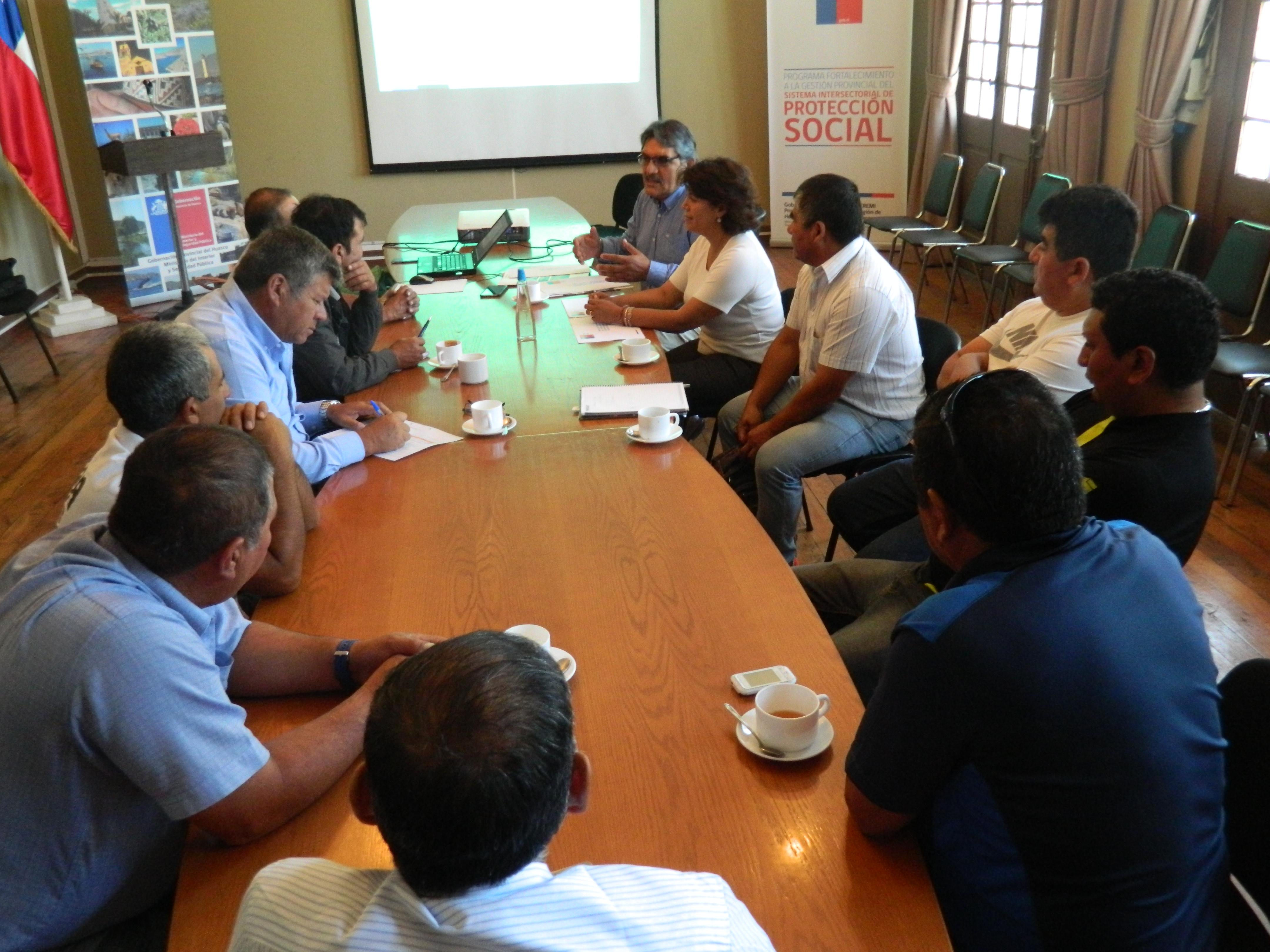 Pirquineros y pequeños mineros analizan la nueva política de sustentación en Vallenar