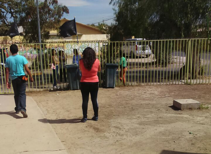 Personas entran a la fuerza a consultorio de Vallenar para solicitar entrega de leche y medicamentos