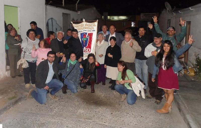 En asamblea comunal, radicales deciden apoyar a Armando Flores para municipales