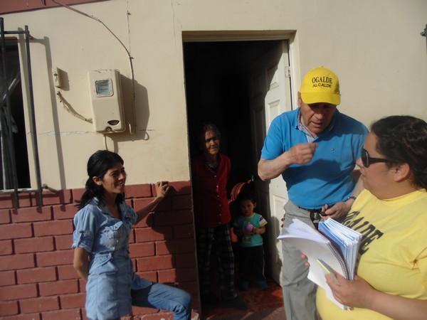 Pablo Ogalde visita sector de Vallenar que a su juicio está abandonado