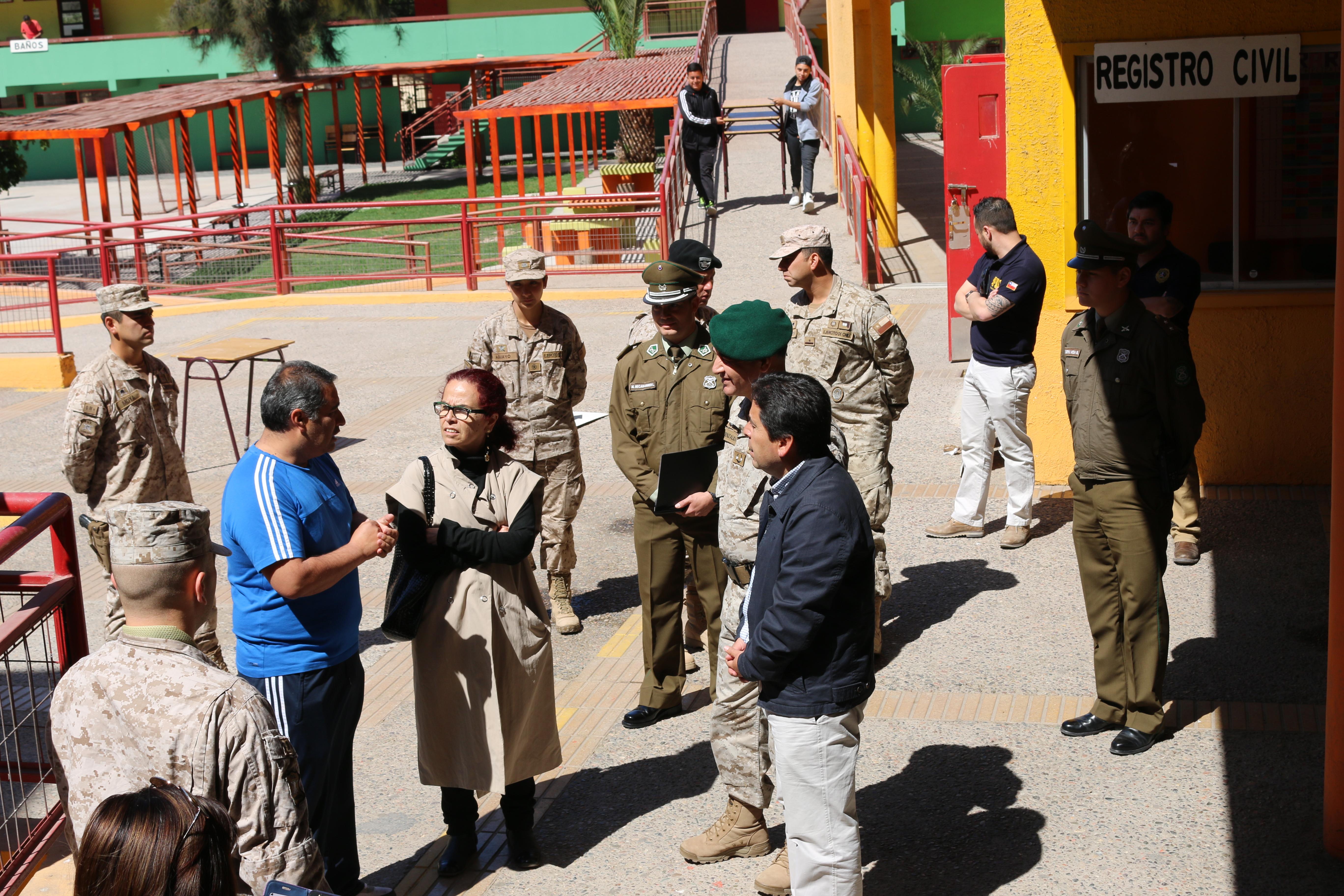 Intendente Vargas y General Fuenzalida constatan plan para garantizar la seguridad de votantes en recintos electorales de la provincia del Huasco
