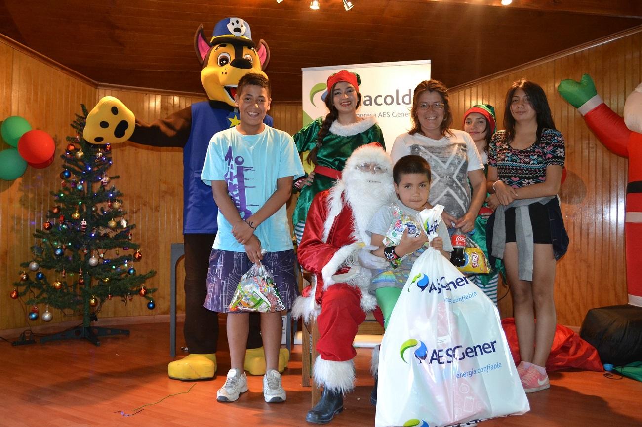 """Familias de Huasco y Guacolda vivieron la magia de la """"Navidad con Sentido"""""""