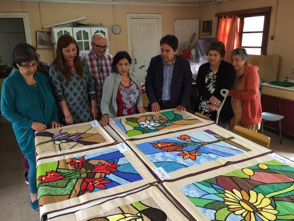 Entregan Fondo Social Presidente de la República 2016 a la agrupación de artesanas Talita Kum de Huasco