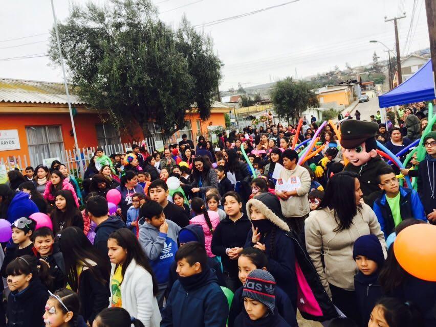 Masiva marcha por los derechos de los niños cierra celebración del día del niño en Freirina