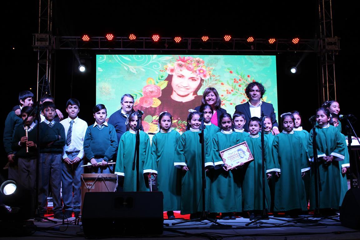 Niños y jóvenes motivados por la música demuestran sus talentos a la comunidad vallenarina