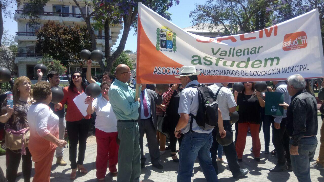 Departamentos de Educación municipales del Huasco en paro indefinido