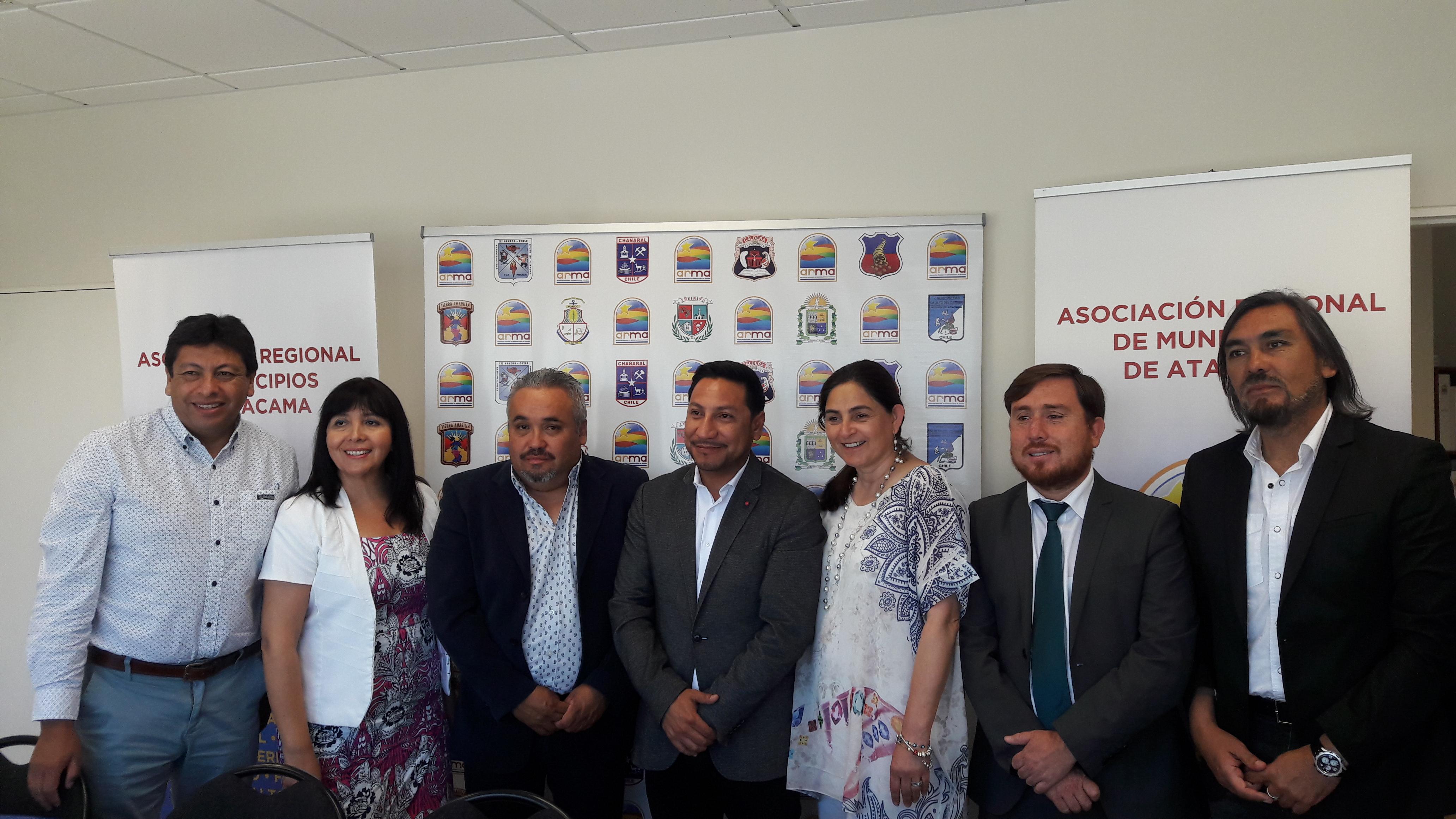 Alcaldes de Atacama piden respuestas por aportes de Casino Antay
