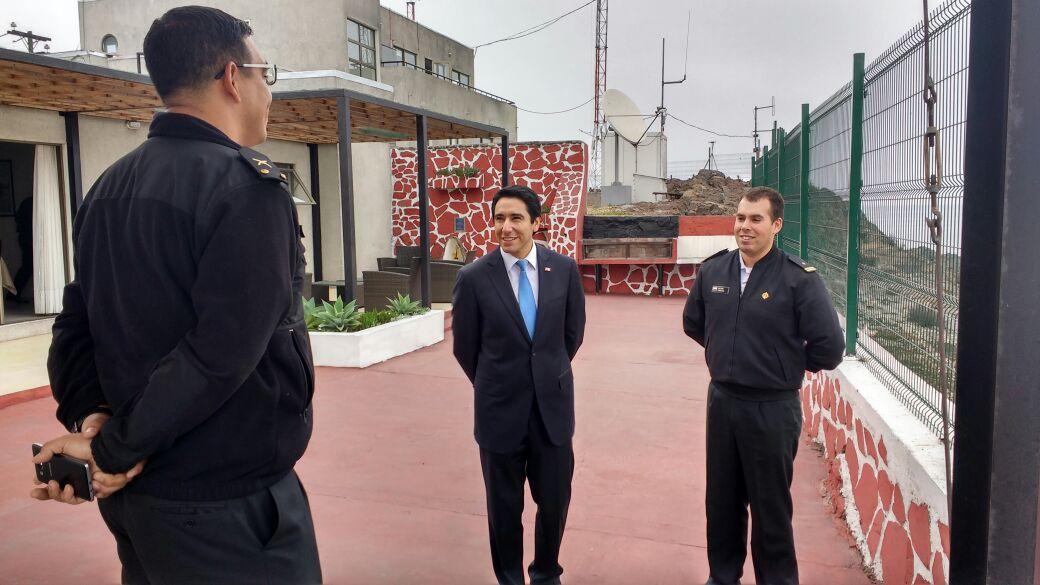 Con visita a la capitanía de puerto de Huasco Gobernador marca el inicio de las actividades del mes del mar