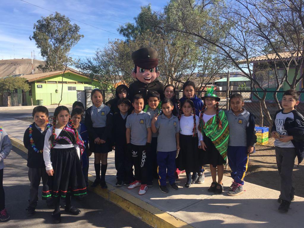 Carabineros celebró año nuevo indígena con alumnos del colegio Roberto Cuadra de Domeyko