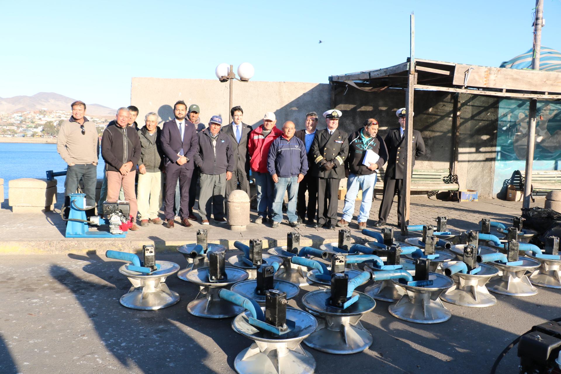 Pescadores Artesanales reciben equipamiento de apoyo para labores extractivas