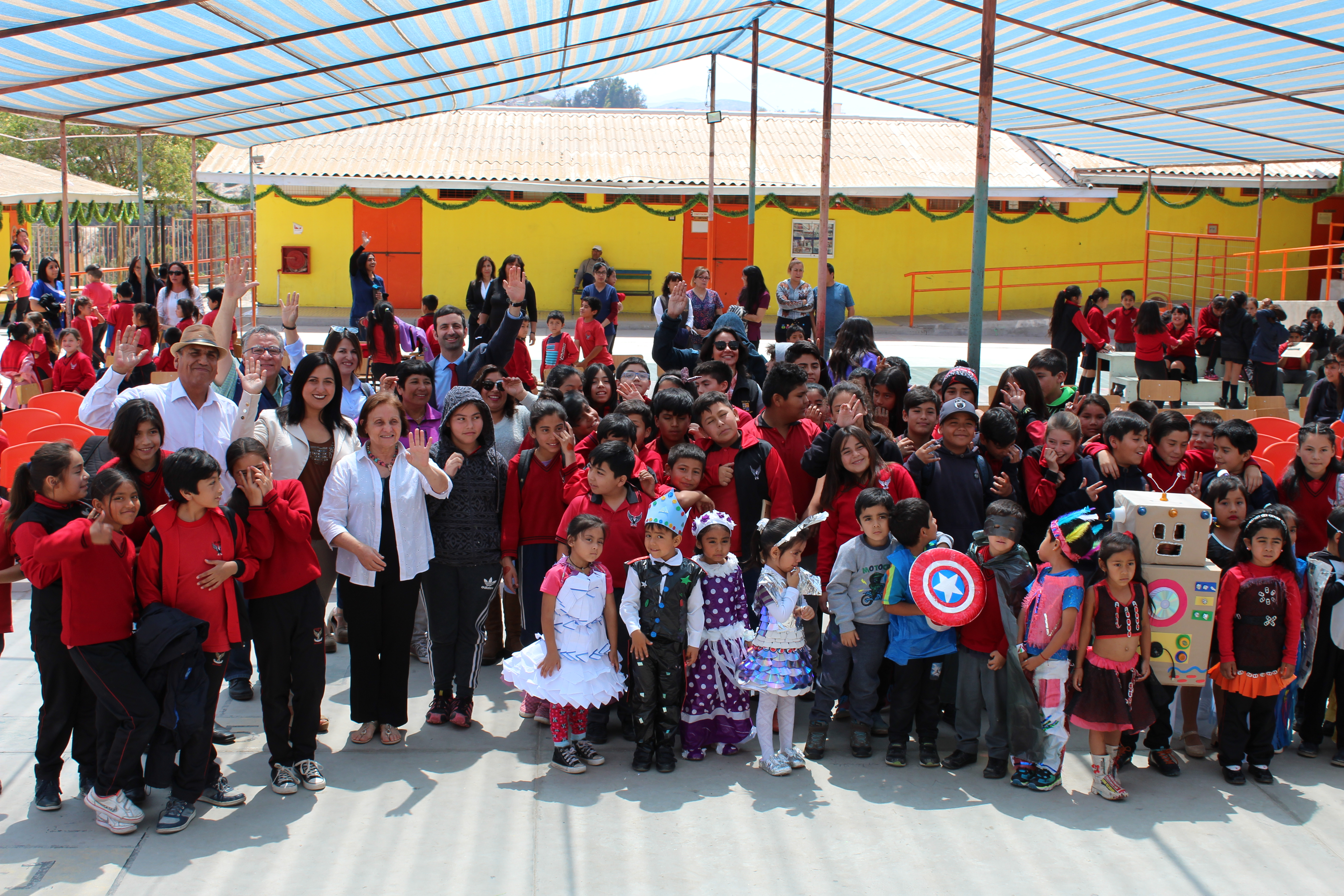 Comunidad Educativa cierra Proyecto FPA reutilizando el agua para Áreas Verdes en Vallenar