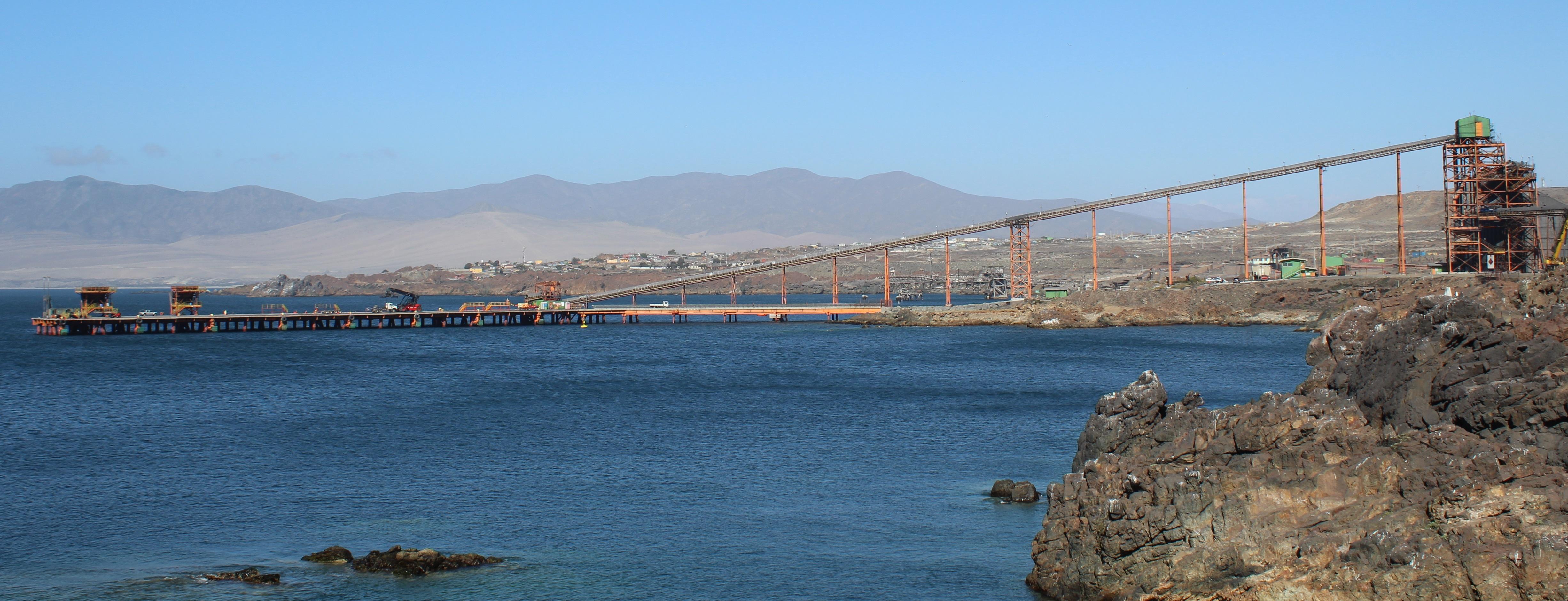 CAP Minería obtiene admisibilidad para embarcar pellets por Puerto Las Losas