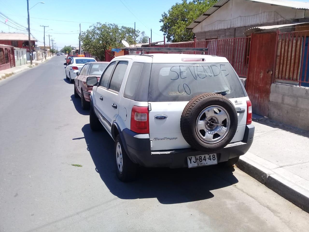 Autos abandonados son retirados en Vallenar