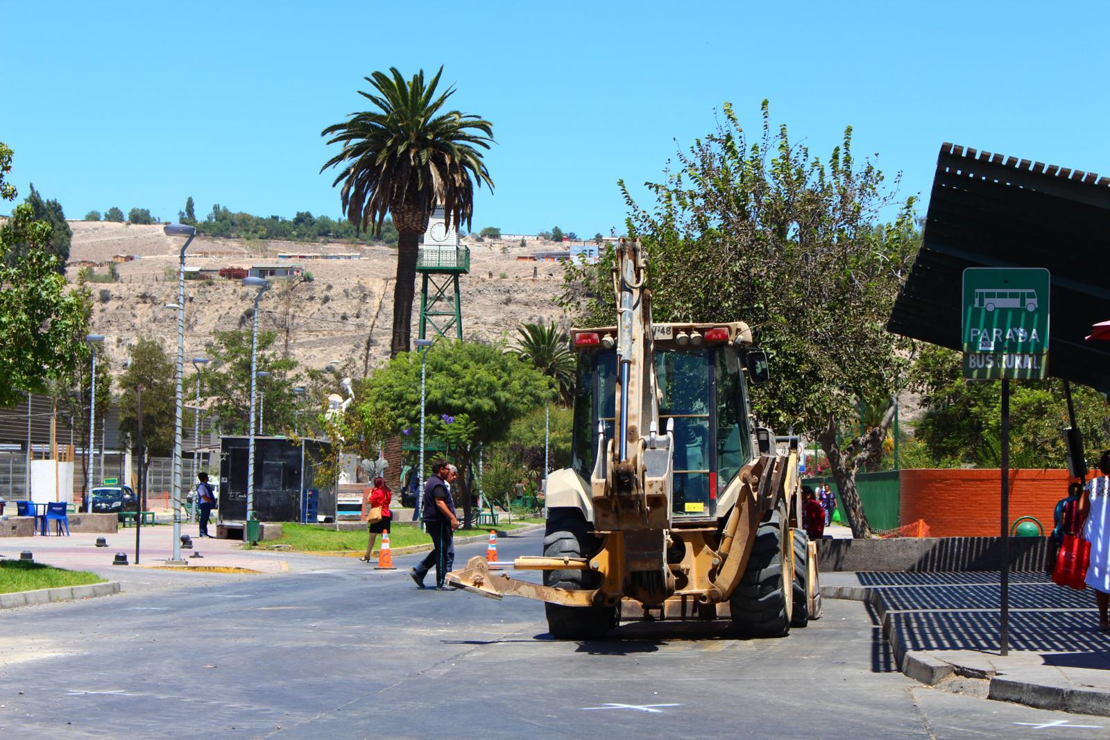 Anuncian desvíos en acceso a Tottus en Vallenar