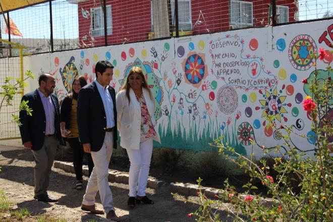 Gobernador visita instalaciones de residencia colaboradora del Sename