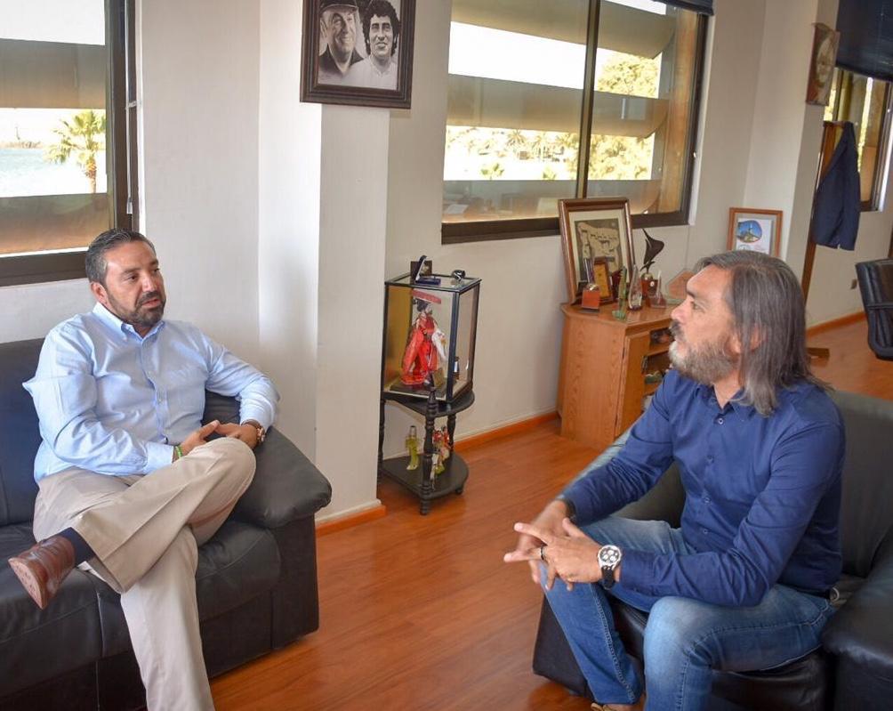 Intendente (s) se reúne con alcalde de Huasco