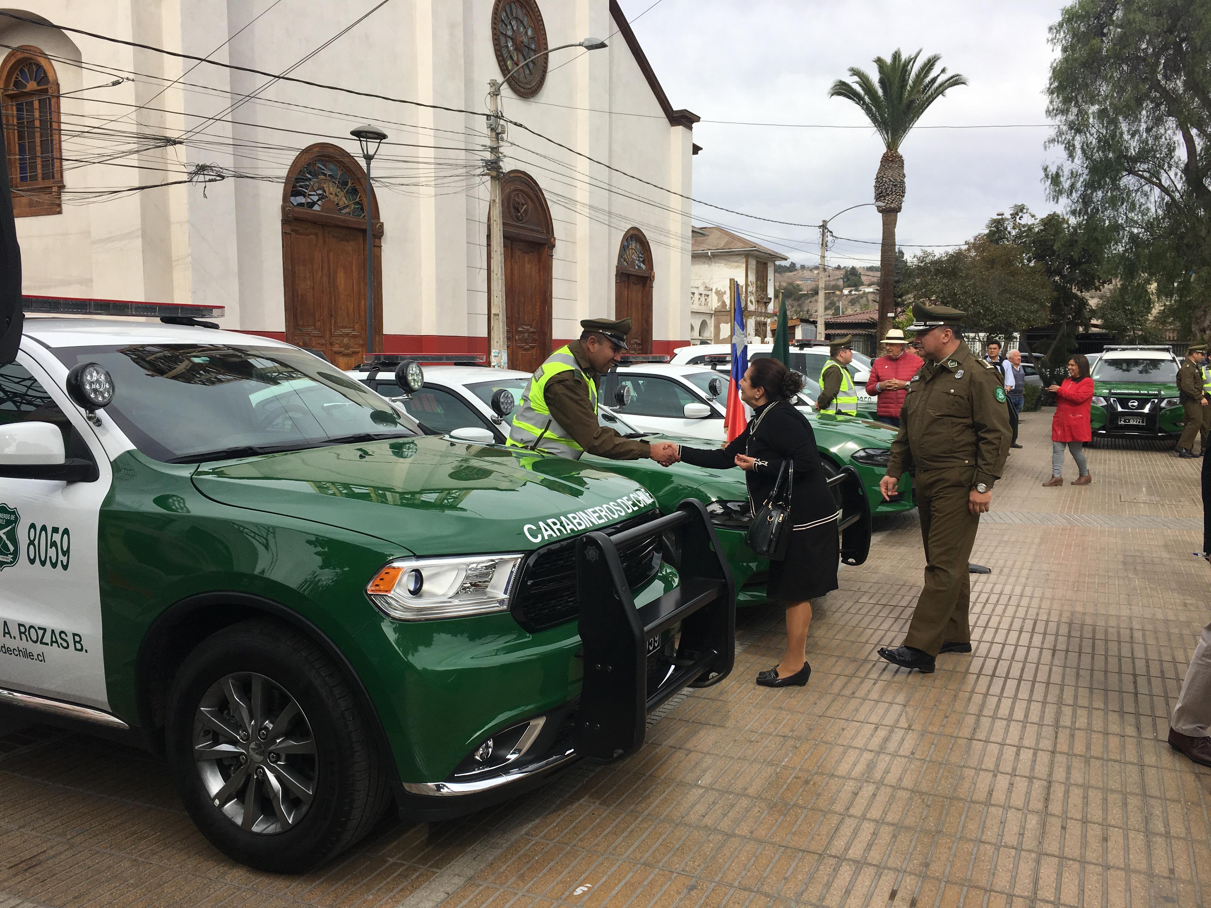 Gobierno hizo entrega de vehículos a Carabineros en la provincia del Huasco
