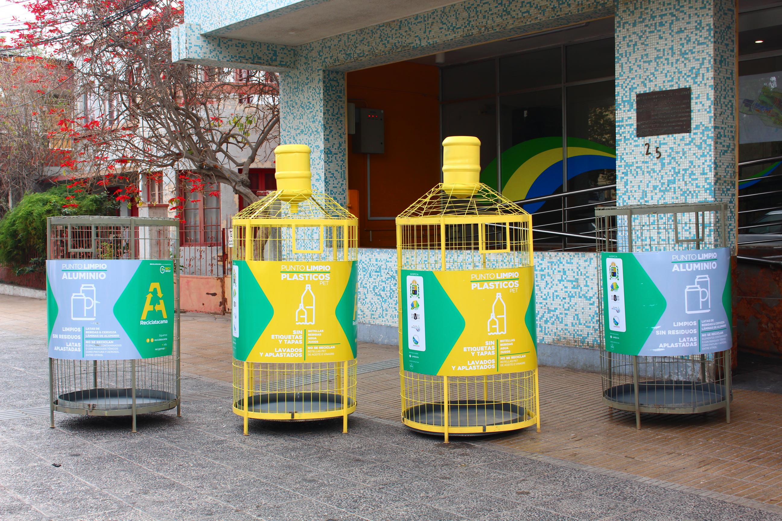 Instalan 20 contenedores de reciclaje de botellas plásticas en Vallenar