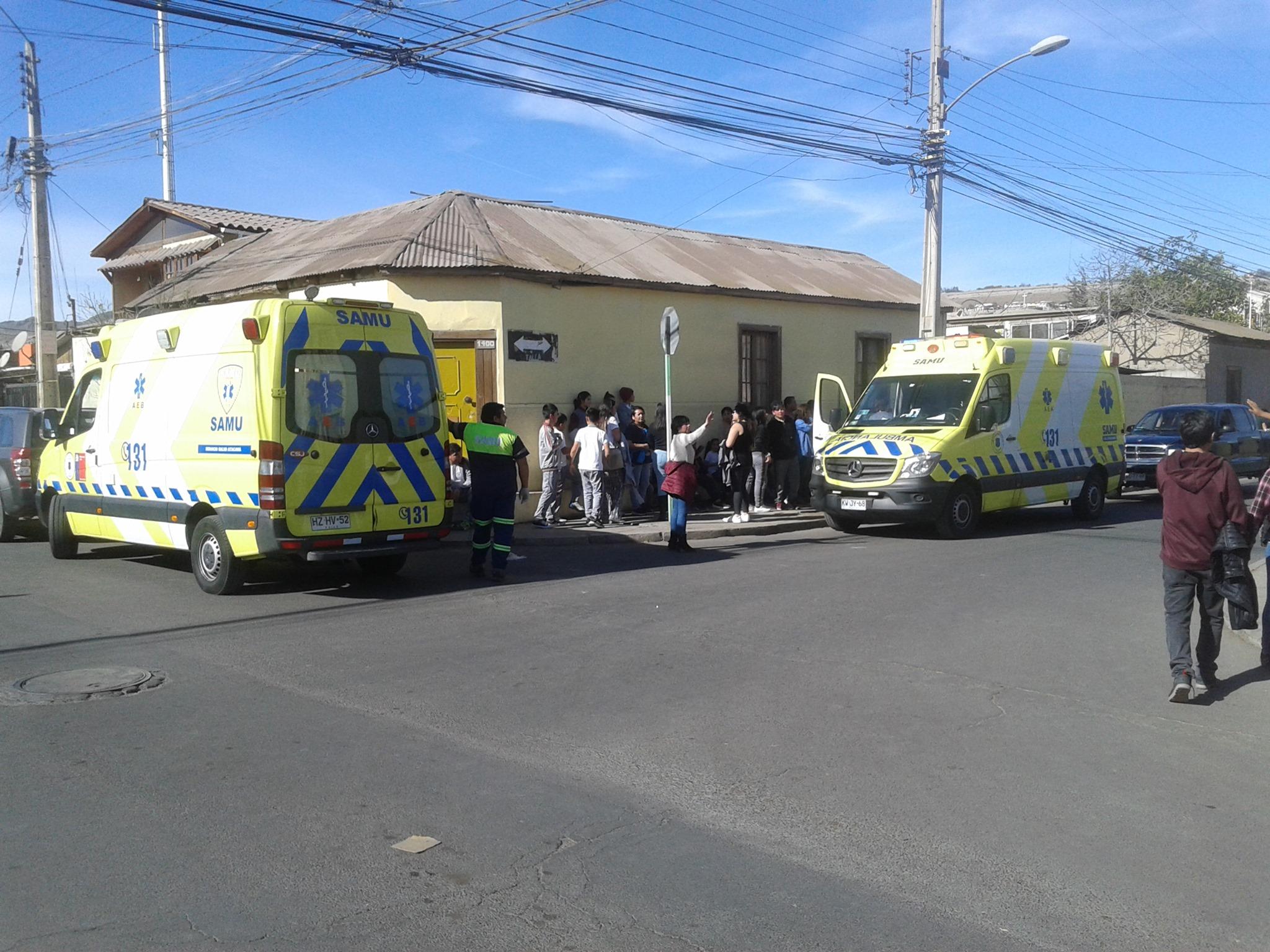 25 personas de escuela resultan intoxicadas por inhalación de químico usado para fumigación