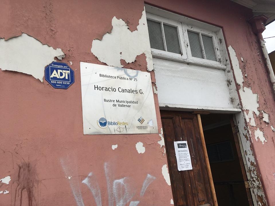 Polémica por situación de biblioteca pública de Vallenar difundida por redes sociales