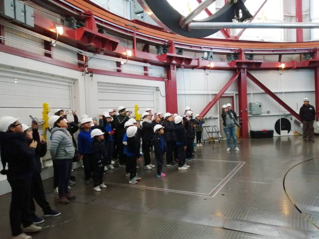 Estudiantes de la Escuela Alejandro Noemi Huerta conocen el Observatorio Las Campanas gracias a iniciativa de apoderados