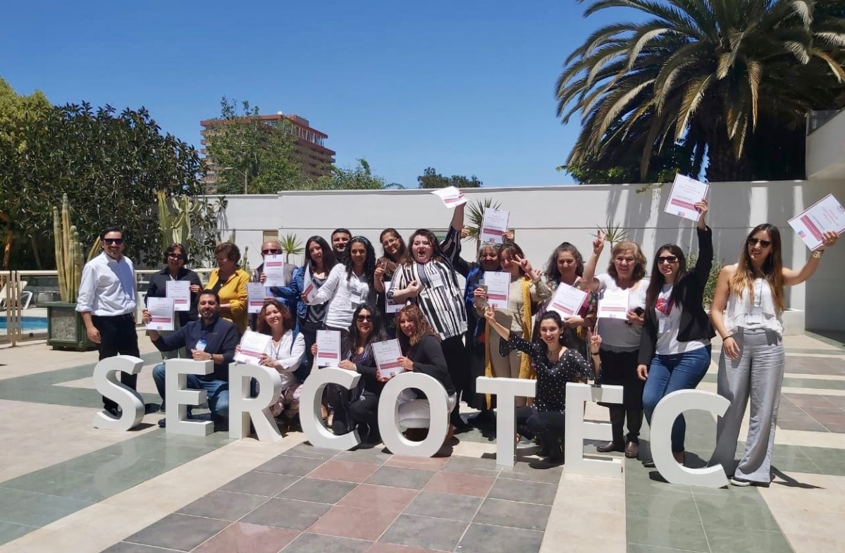 32 Pymes de Atacama generan redes de negocios y fortalecen sus capacidades de ventas con apoyo de Sercotec
