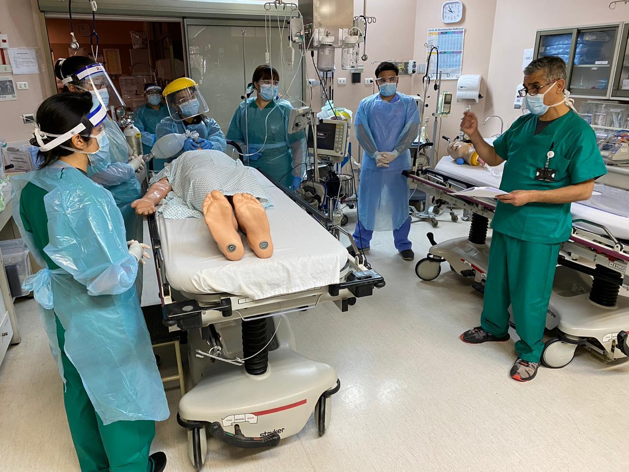 HPH CAPACITA A PROFESIONALES MÉDICOS Y CLÍNICOS EN ATENCIÓN DE PACIENTE CON RIESGO VITAL POR COVID-19