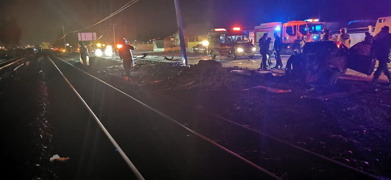 Fatal accidente en toque de queda en Vallenar: 1 muerto en choque contra camión que transportaba aspas