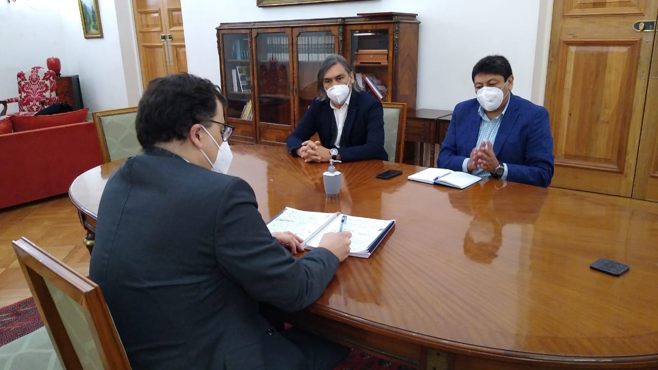 Alcalde de Vallenar sostuvo provechosa reunión con asesor del ministro del Interior