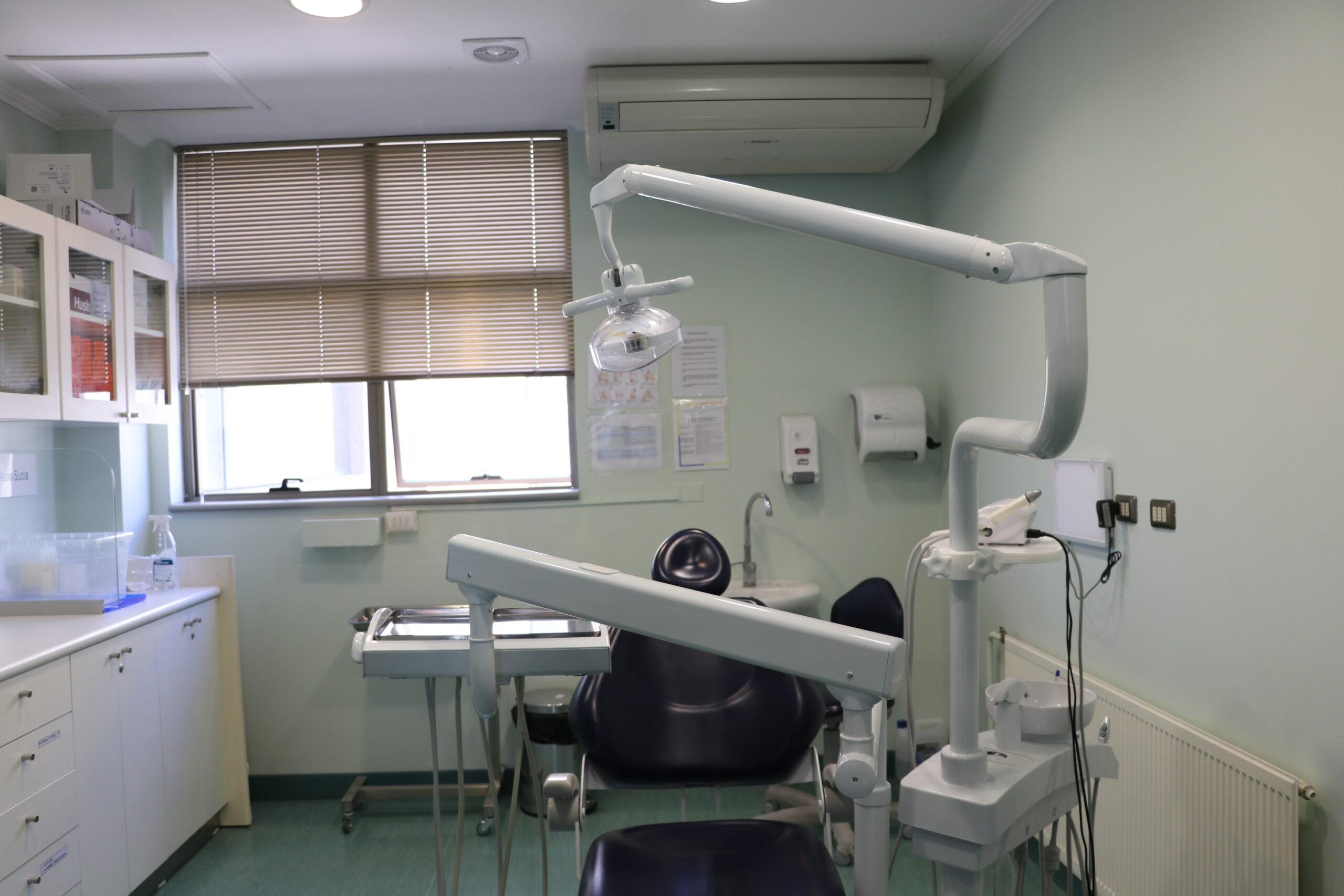 Hospital Provincial del Huasco mejora eficiencia de atención dental con moderno sistema de extracción de aire