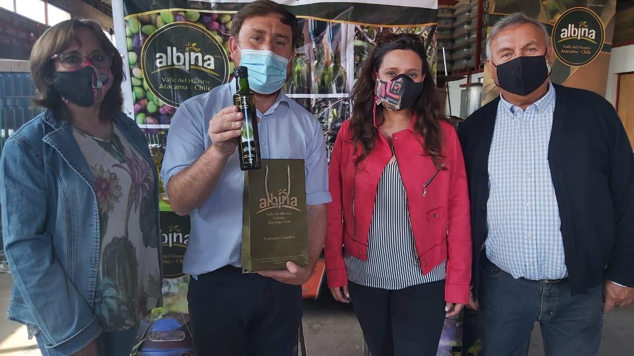 """Freirina reconoció a los 3 primeros productores de aceite de oliva en recibir el sello de la """"denominación de origen"""""""