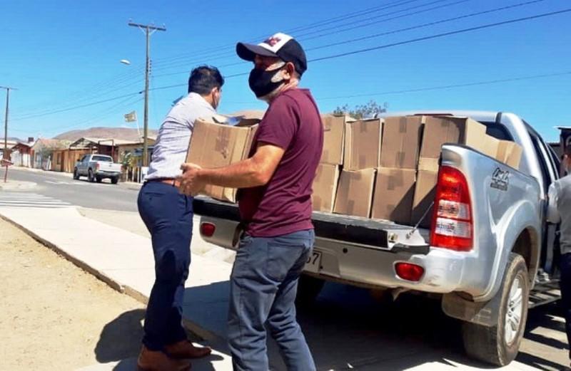 Denuncian supuestas irregularidades en entrega de cajas de alimentos