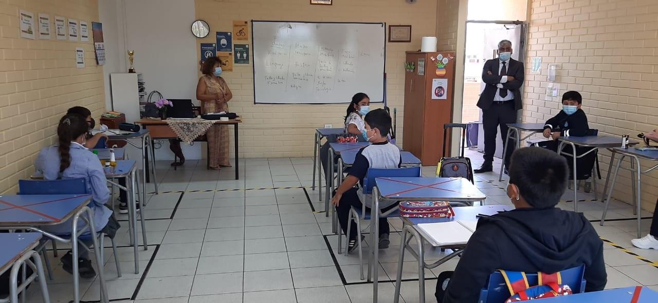 Con aforo de 12 alumnos por curso colegio Bethel de Vallenar inició año escolar